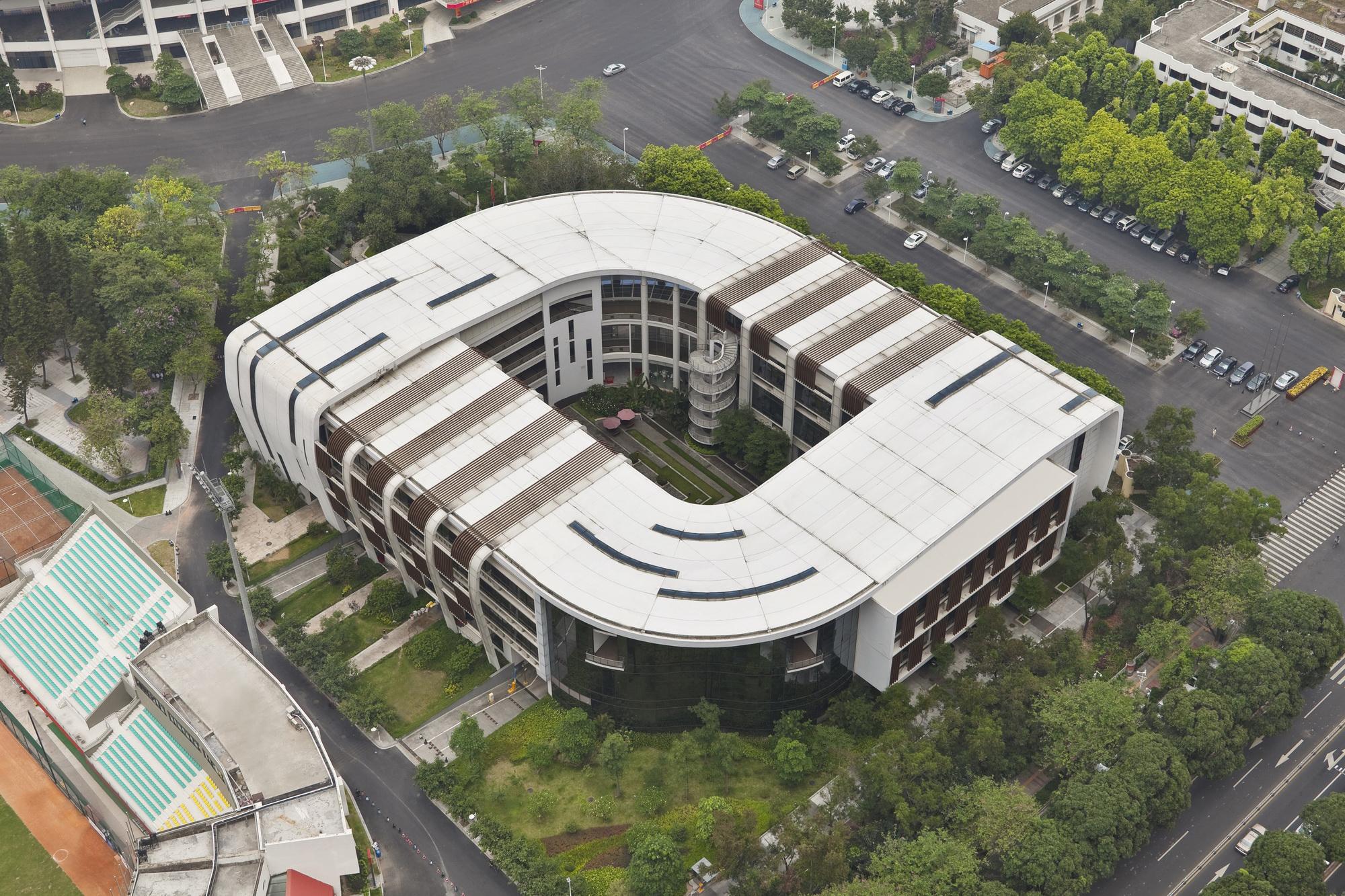 2006 亚运体育文化中心 (3).jpg